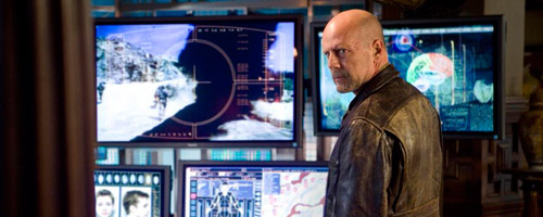 Bruce Willis als agent Tom Cheers in Surrogates